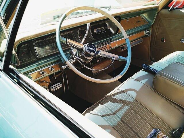 Bloccasterzo auto
